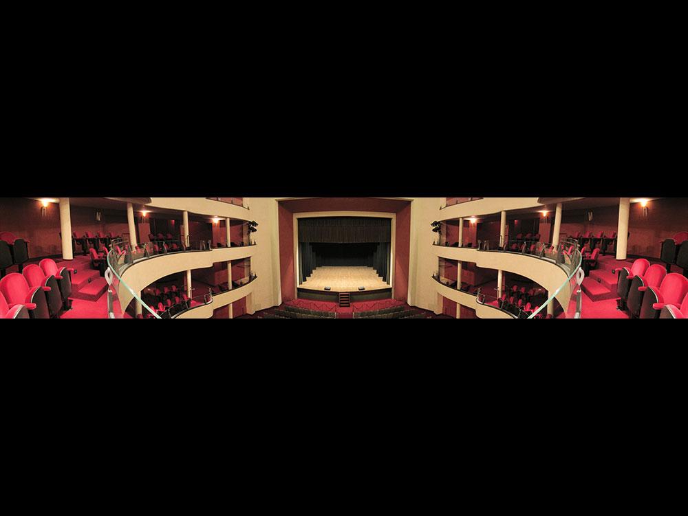 Vista del palcoscenico dalla seconda galleria