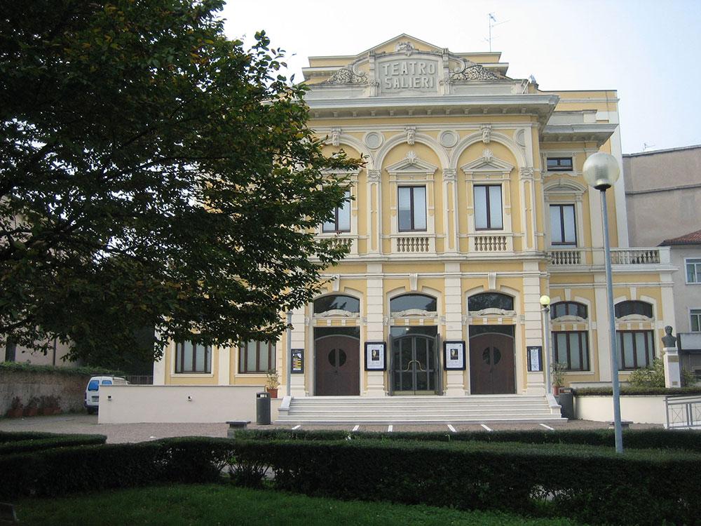 Esterno del Teatro Salieri