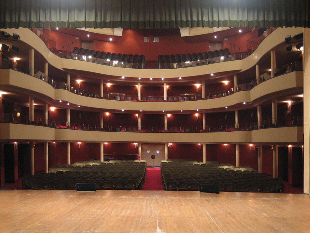 Vista del Teatro Salieri dal palcoscenico